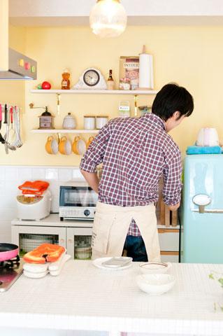 男子厨房に入らず